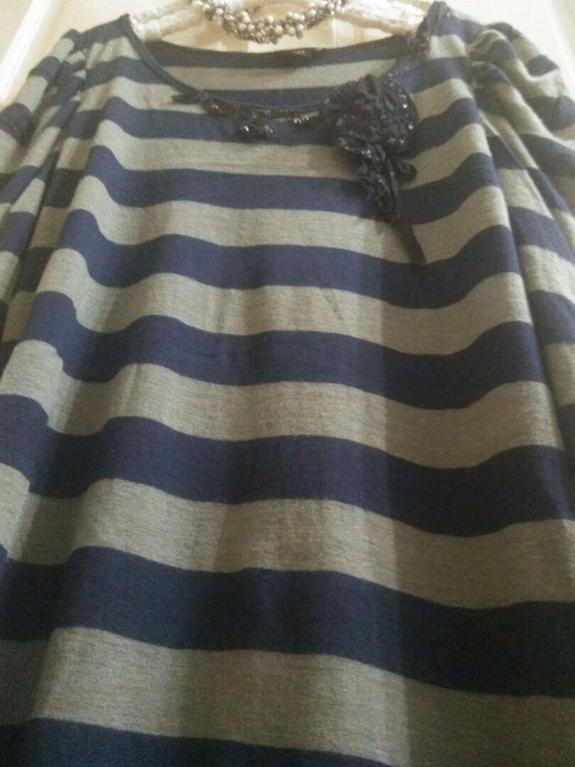 iROO 專櫃 珠飾滾邊連身洋裝(買滿七百之贈品)
