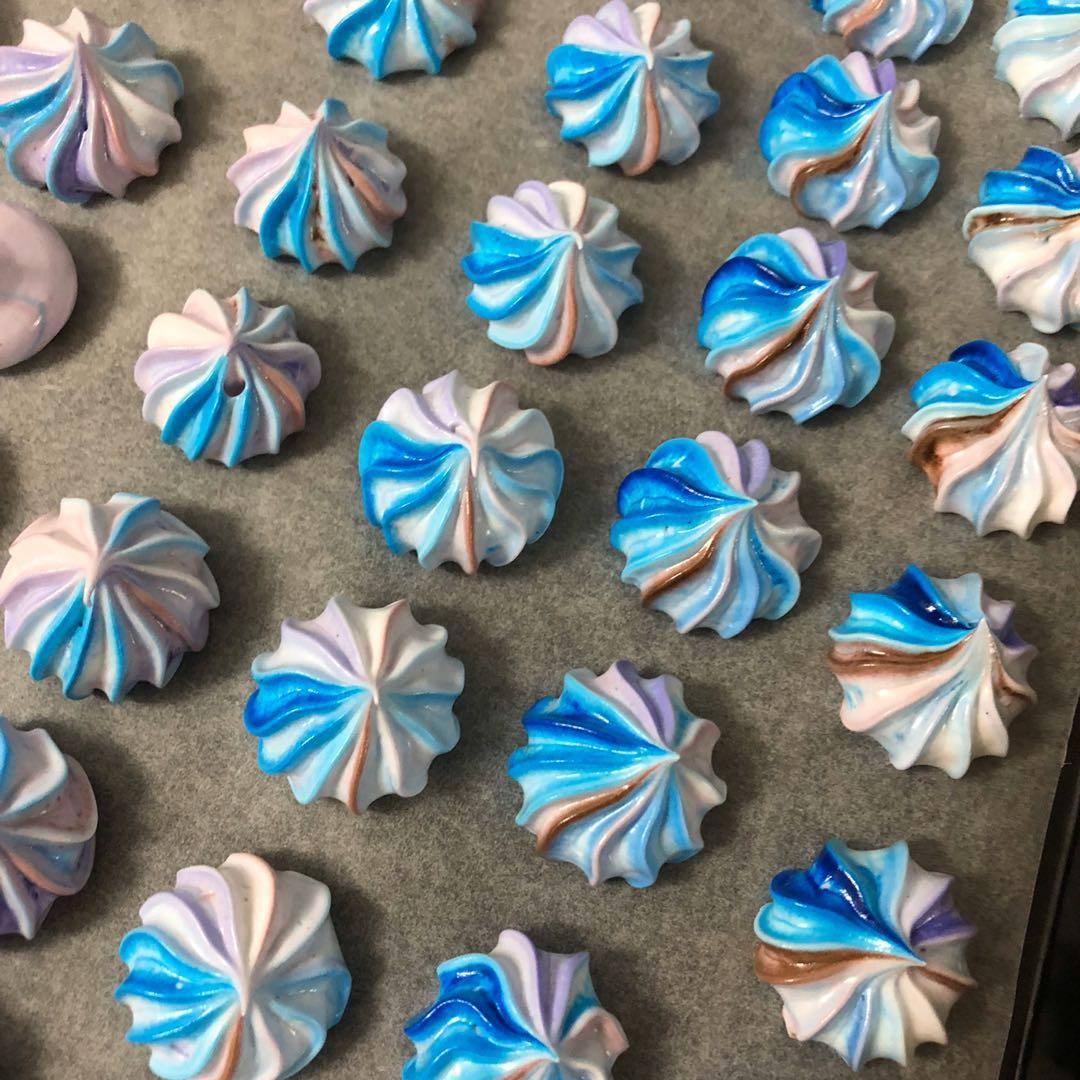 Meringues Cookies