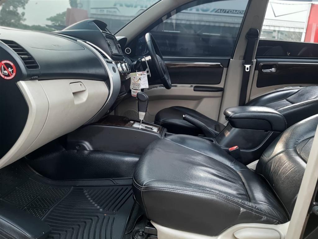 Mitsubishi Pajero Sport Dakkar Diesel AT 2015 Hitam Dp 58,9 Jt  No Pol  Ganjil