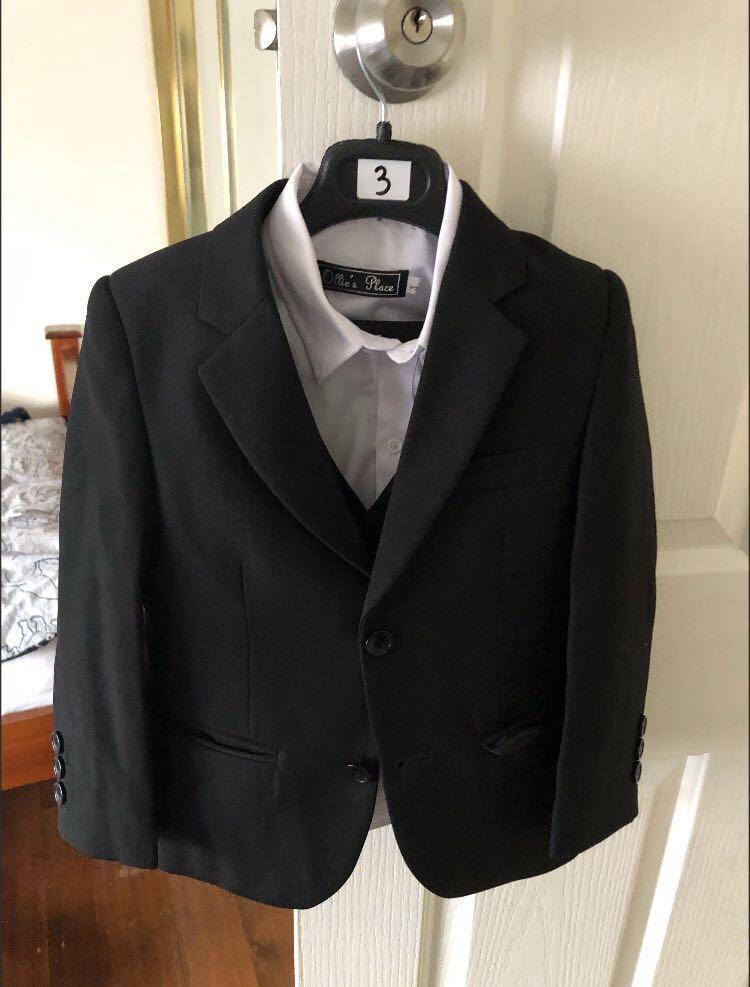Ollie's place boys tuxedo set
