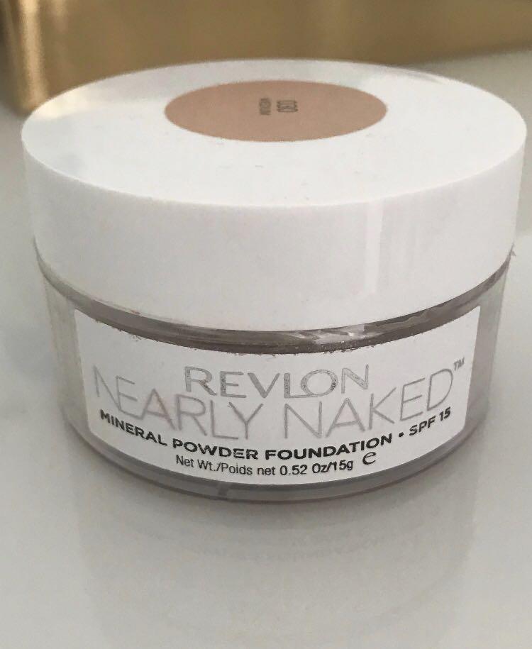 *REDUCED* Revlon nearly naked mineral powder foundation