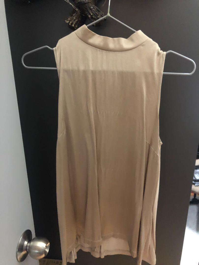 REISS silk beige top 大地色背心