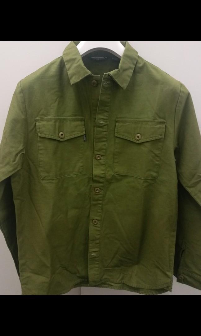 Undefeated Men's Green Bdu Back Button Up shirt 男装軍衫