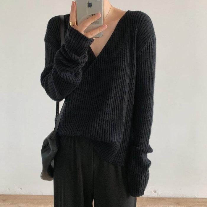 顯瘦交叉V領針織衫3色 A0037