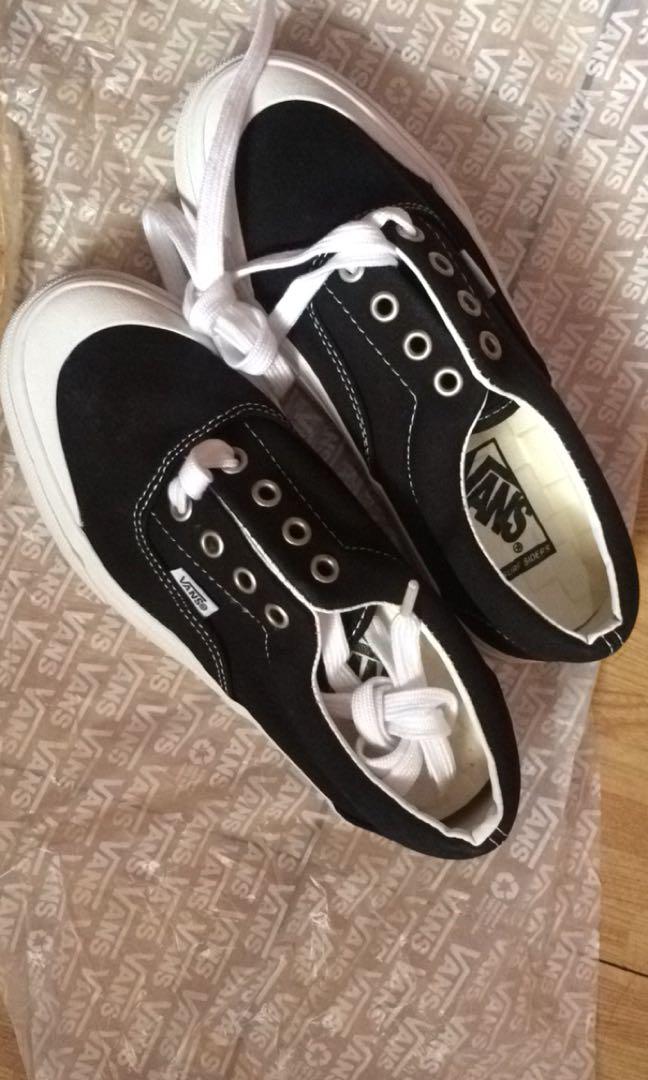 Vans Toe Cap, Women's Fashion, Shoes