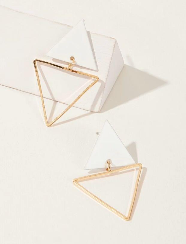 Vogue 歐美風系列  洋裝 + 耳環+ 高跟鞋👠+ 透明鈕扣鏈條包 全套2500有找