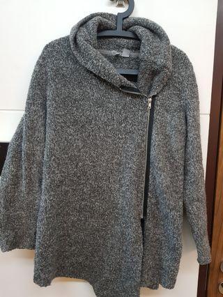 H&M 不規則領外套