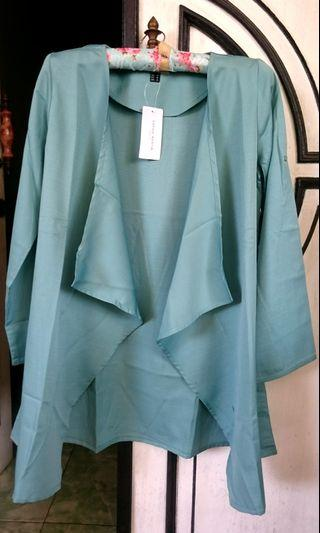 Outer Sophie Martin New