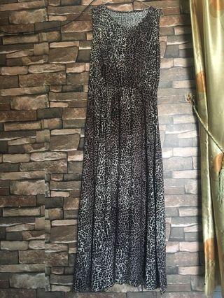 Dress leopard / lekbong / dress