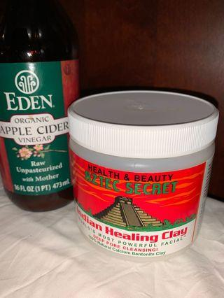 AZTEC CLAY MASK AND APPLE CIDER