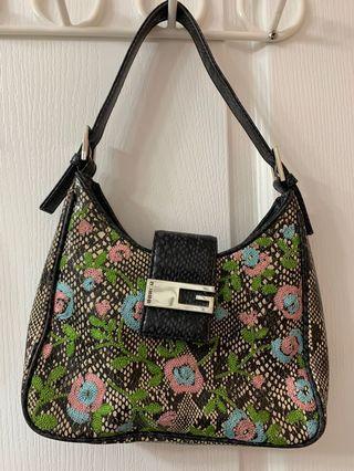 Vintage mini GUESS purse