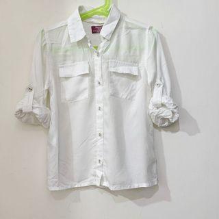 (百元童裝區) 二手【Mango】女童經典白色襯衫 5-6Y