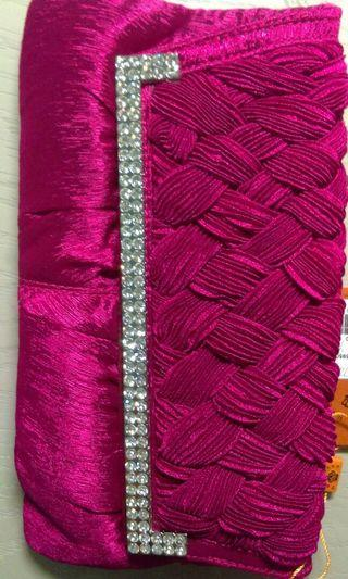 Sogo櫃 鑲鑽 玫瑰編織手拿包精品 (附長短鍊) #剁手時尚