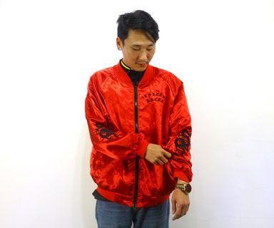 「紅色 緞面 刺繡 龍 古著 風衣 外套 胸:61cm 長:70cm @舊到過去」