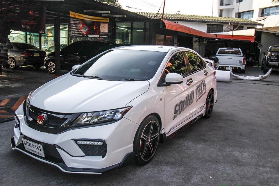 2015 Honda CITY 1.5 白 大改