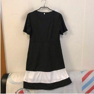 【降價出清】黑色造型洋裝 XL