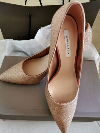 Authentic Charles & Keith cover up Heel in rose gold #caroustyle