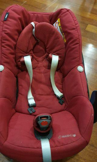 Maxi cosi Pebble baby car seat (2018 model)