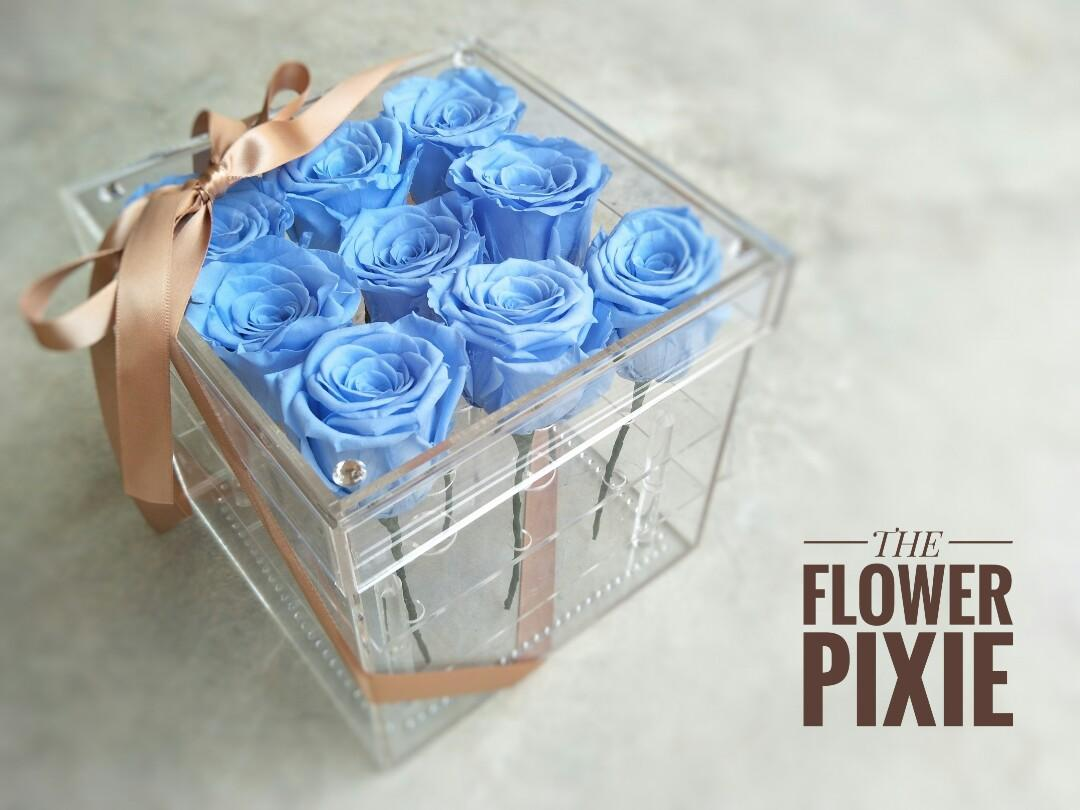 AB04: Acrylic Box Preserved Roses with Faux Diamonds Birthday Flower Anniversary Flower Proposal Flower Graduation Flower Florist