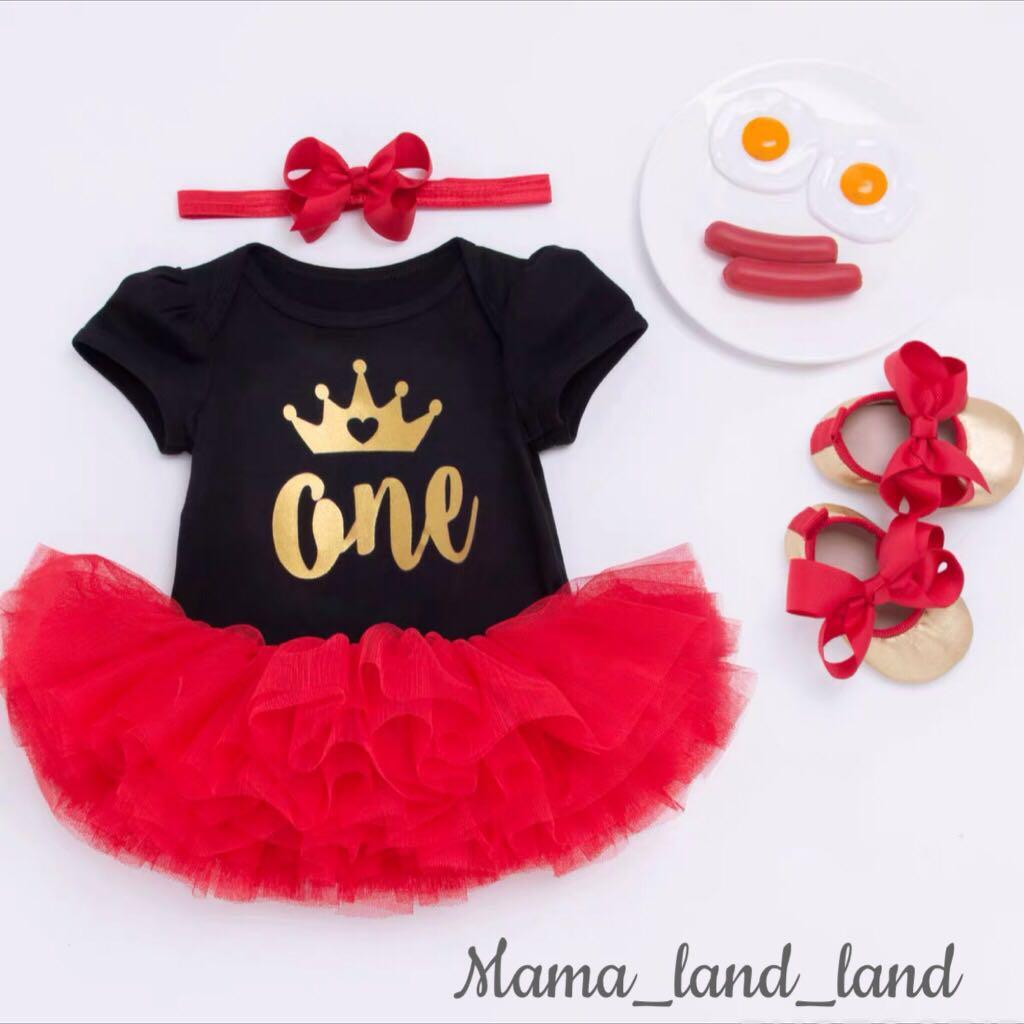 <Birthday party wear 🎂🎉👑> Lovely baby birthday party black cotton top + red lace skirt + ribbon headband + golden shoes @Set
