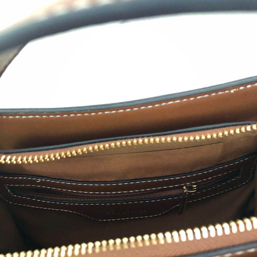 BROWN FAUX LEATHER SHOULDER BAG WITH THREE COMPARTMENTS