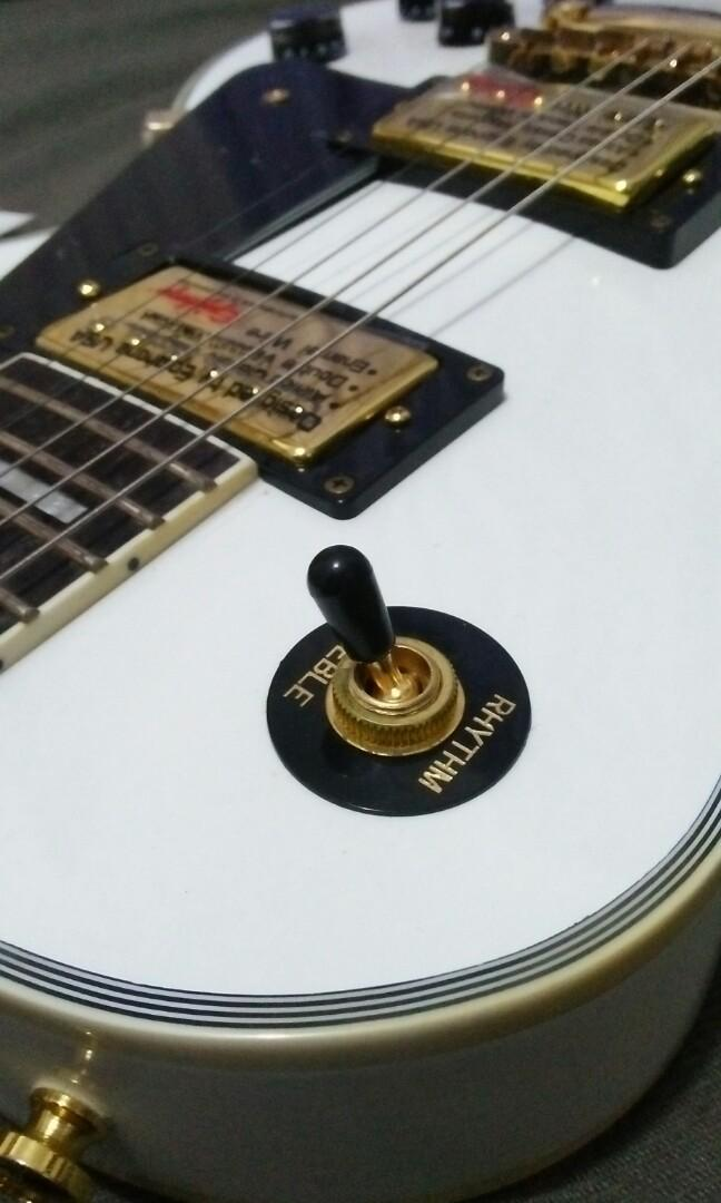 Epiphone Les Paul custom Alpine White made in China 2010 not fender ibanez jackson prs gibson schecter sterling musicman