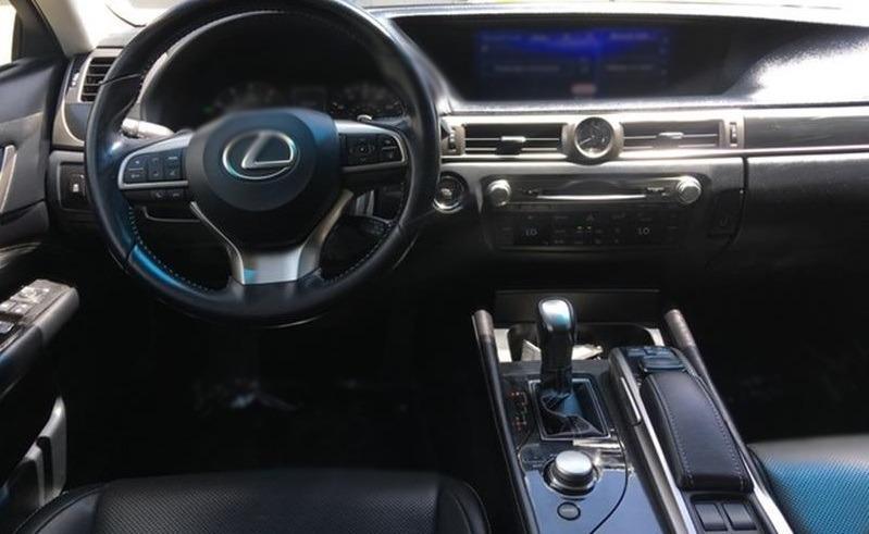 Jc car  Lexus GS200T 2017年 2.0L 頂級款滿配 渦輪大馬力 舒適霸氣 頂級大型房車 一手低里程車庫