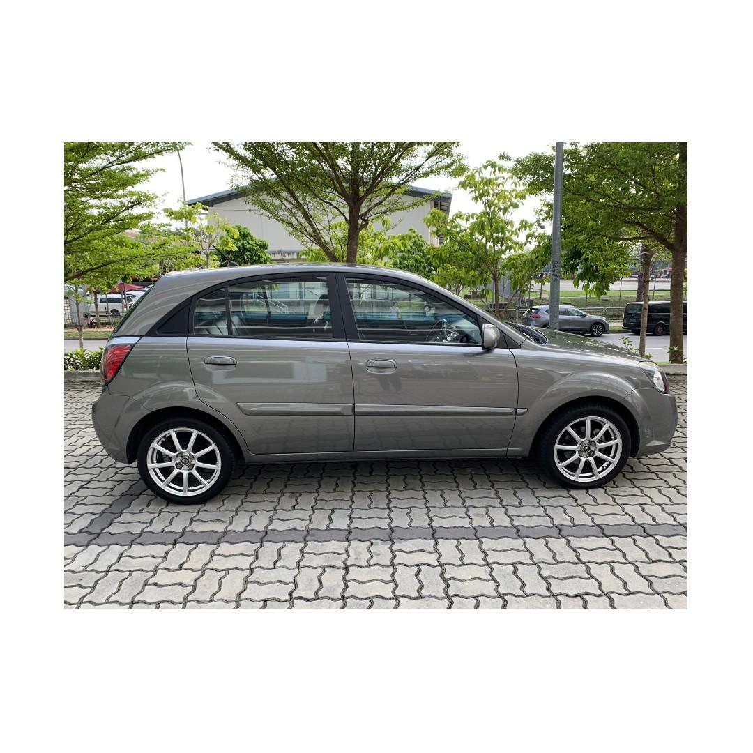 Kia Rio - Lowest rental rates, with the friendliest service! Anytime ! Any day! Your Decision!!