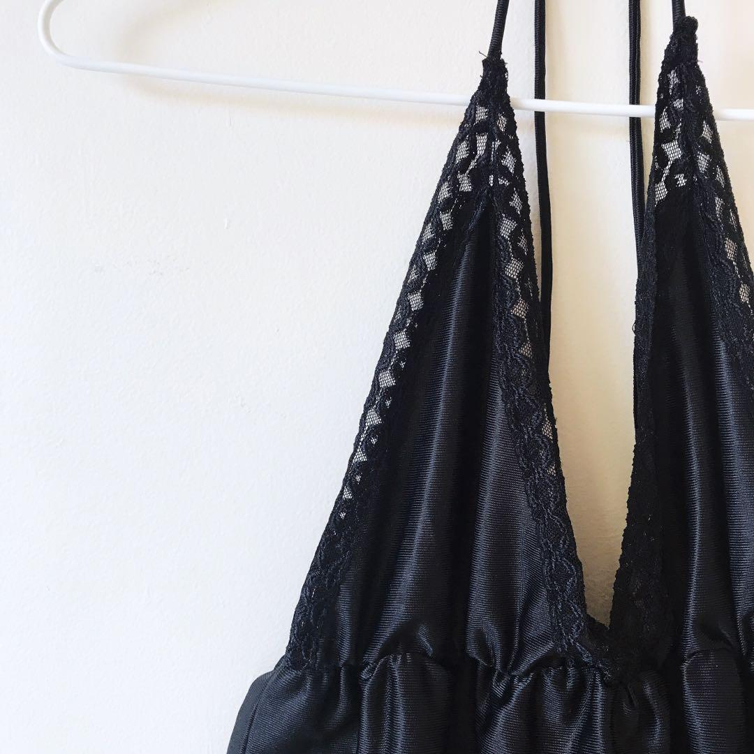 *NEW* silky lace halter top size XS-S