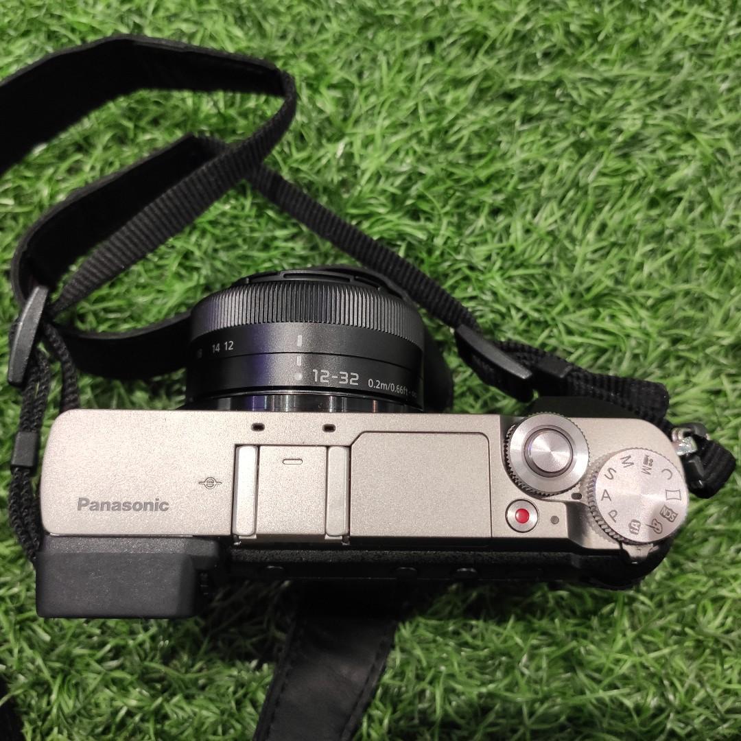 Panasonic GX80 / GX85 MFT camera incl. original lens 12-32 *like new