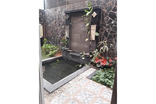 Rumah terawat di Taman permata Cikunir Jatibening Bekasi kota