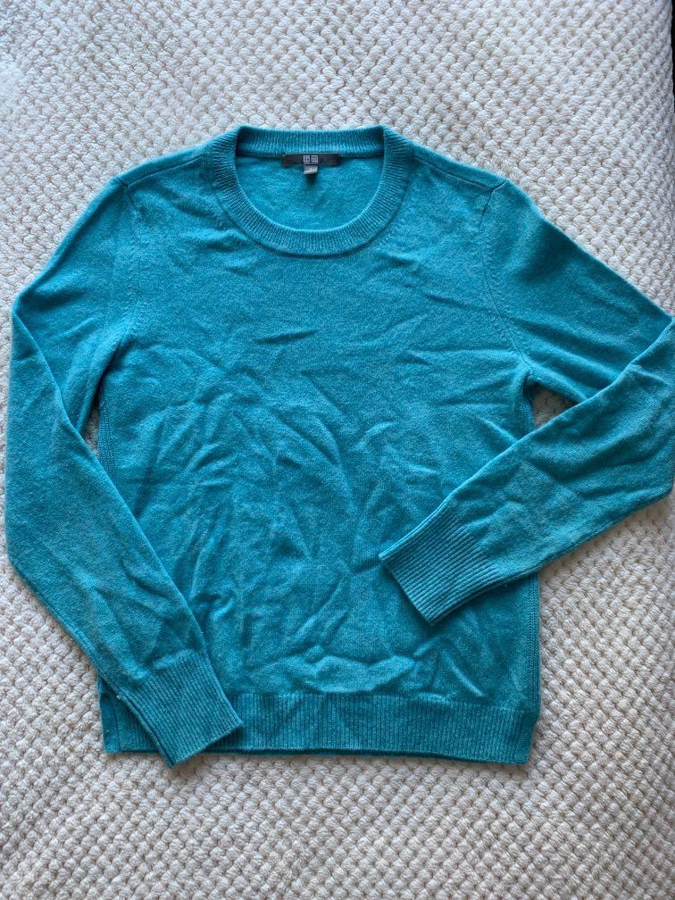 Sky Blue Crew-Neck Uniqlo 100% Cashmere Cardigan/Sweater