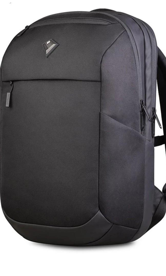 Tas Bodypack  Precision Laptop Backpack