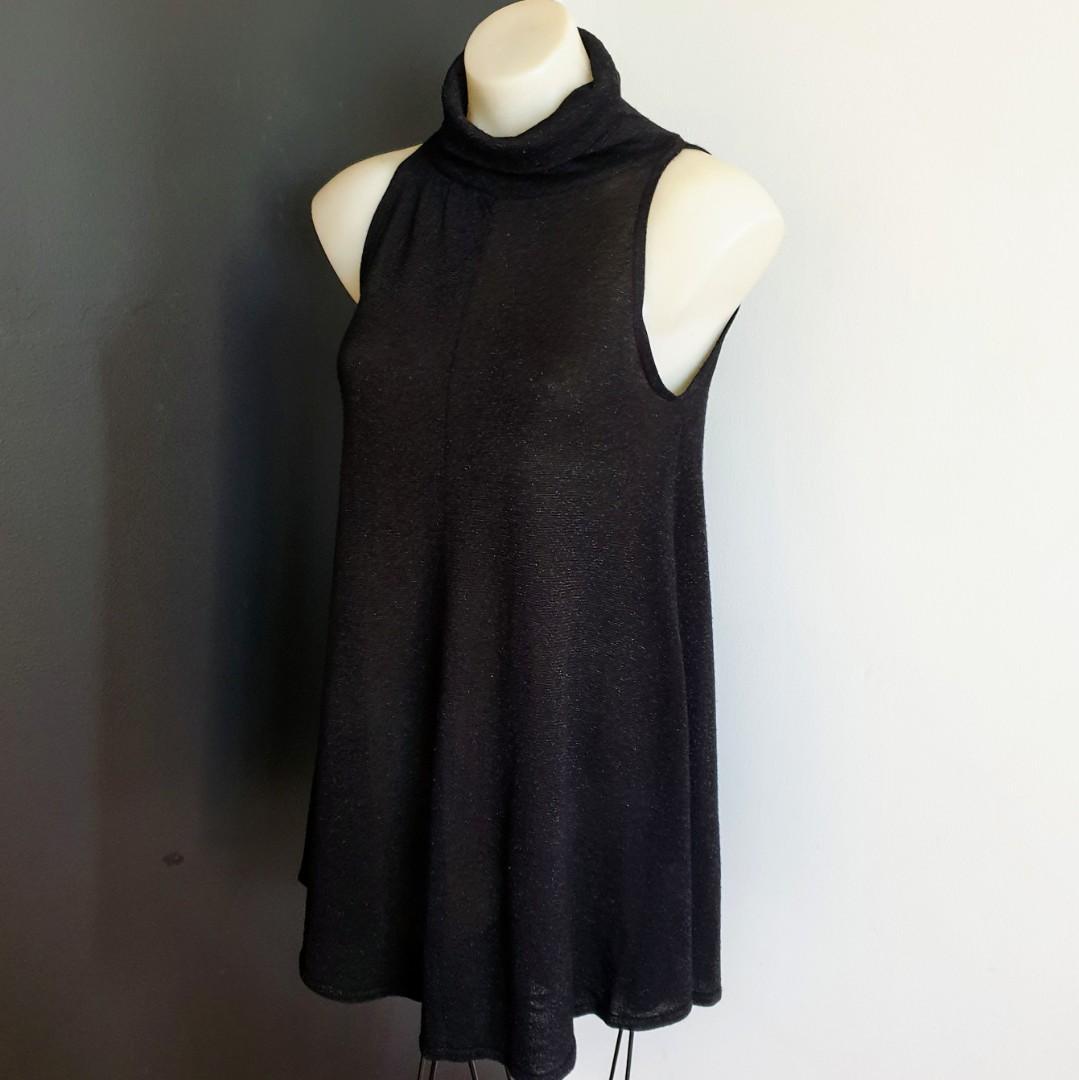 Women's size S 'AVOCADO' Gorgeous sparkly black sleeveless turtleneck tunic top