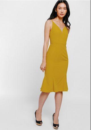 *OFFER*BNWT Love Bonito Textured Trumpet Midi Dress in Mustard