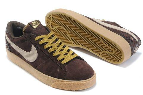Nike Blazer Low Brown and white