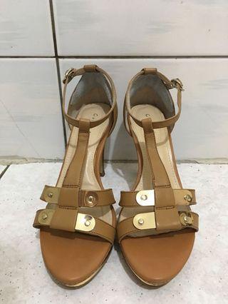 裸色涼鞋 原價3280