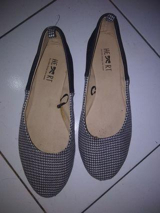Flatshoes little things she needs