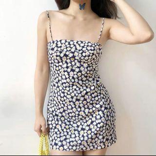藍底雛菊印花洋裝