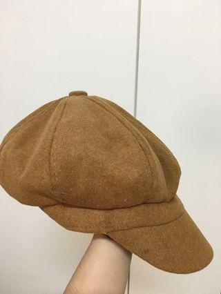 咖啡色貝雷帽