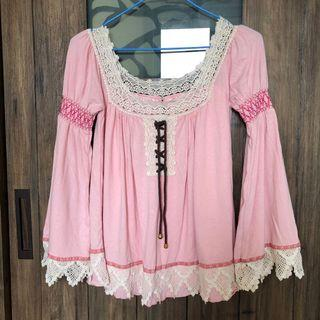 粉色公主袖花邊領上衣