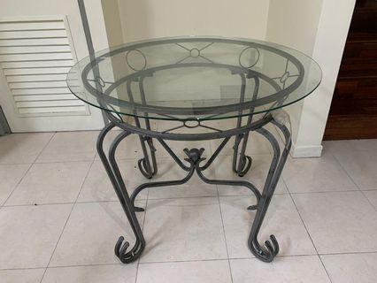 Outdoor/Indoor table + 4 chairs