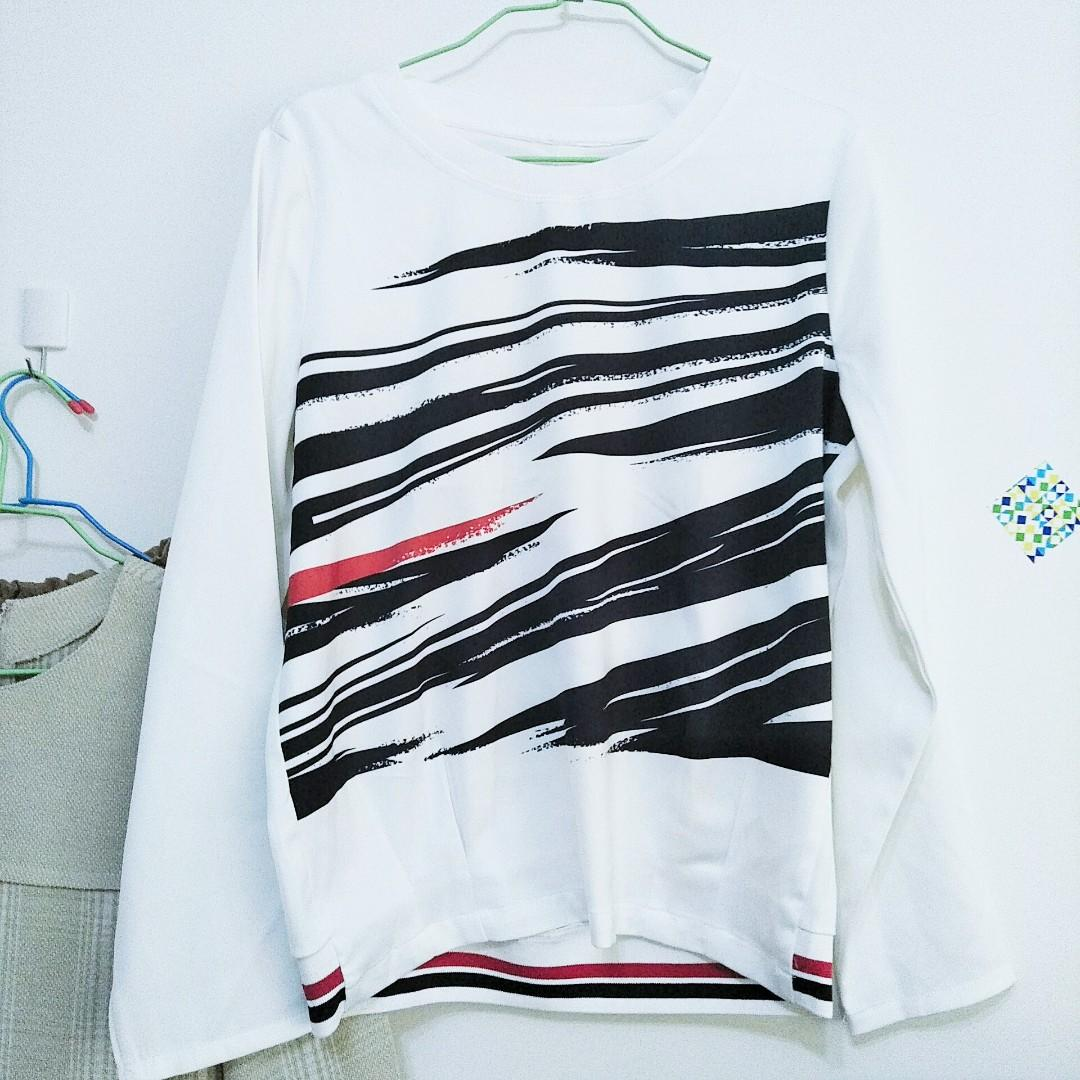 藝術線條設計上衣