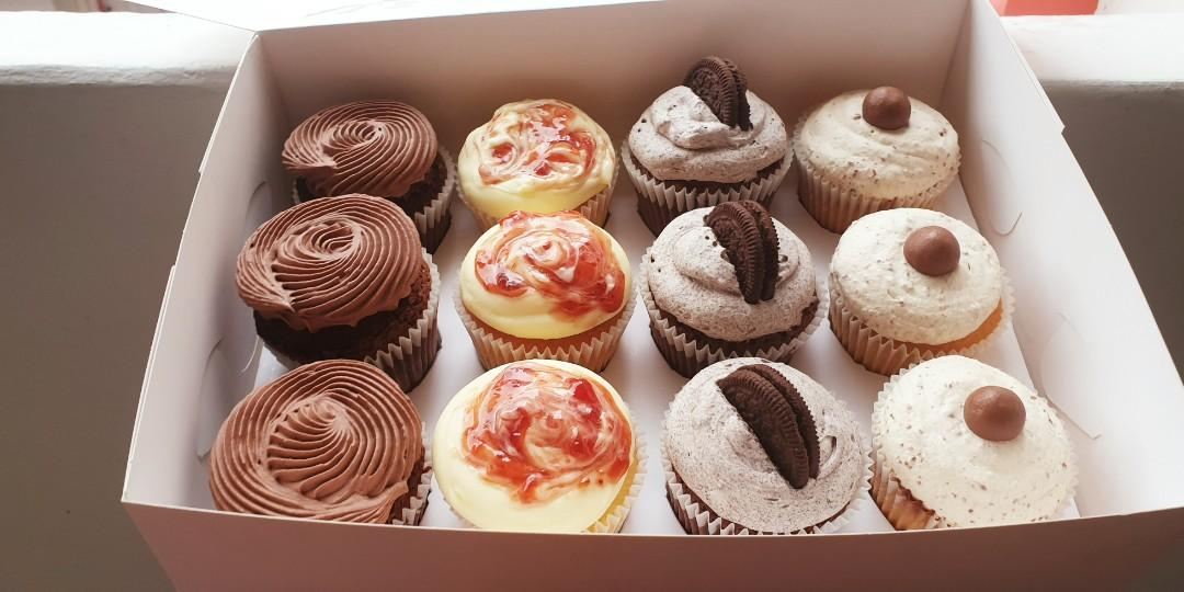 Assorted cupcakes (HALAL)
