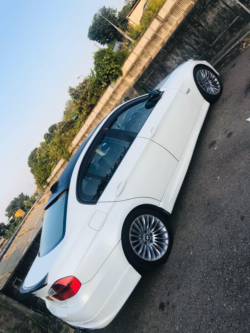BMW 320I (1991cc) 2006