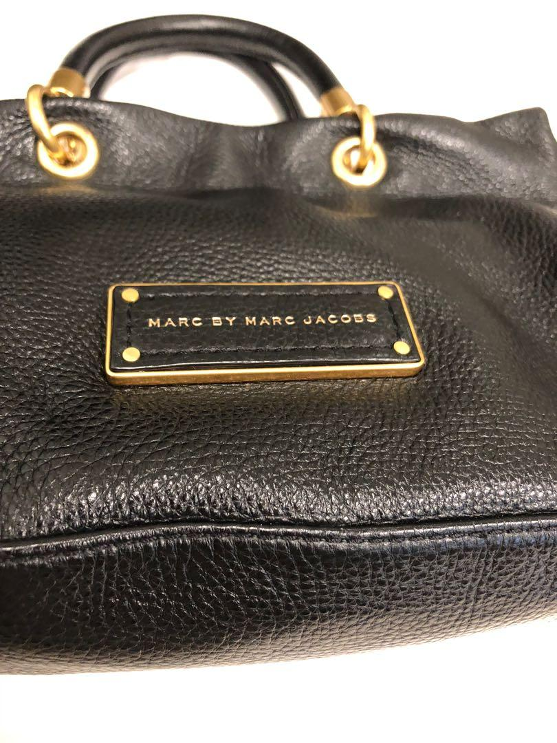 EUC AUTHENTIC MARC BY MARC JACOBS Too Hot to Handle crossbody satchel
