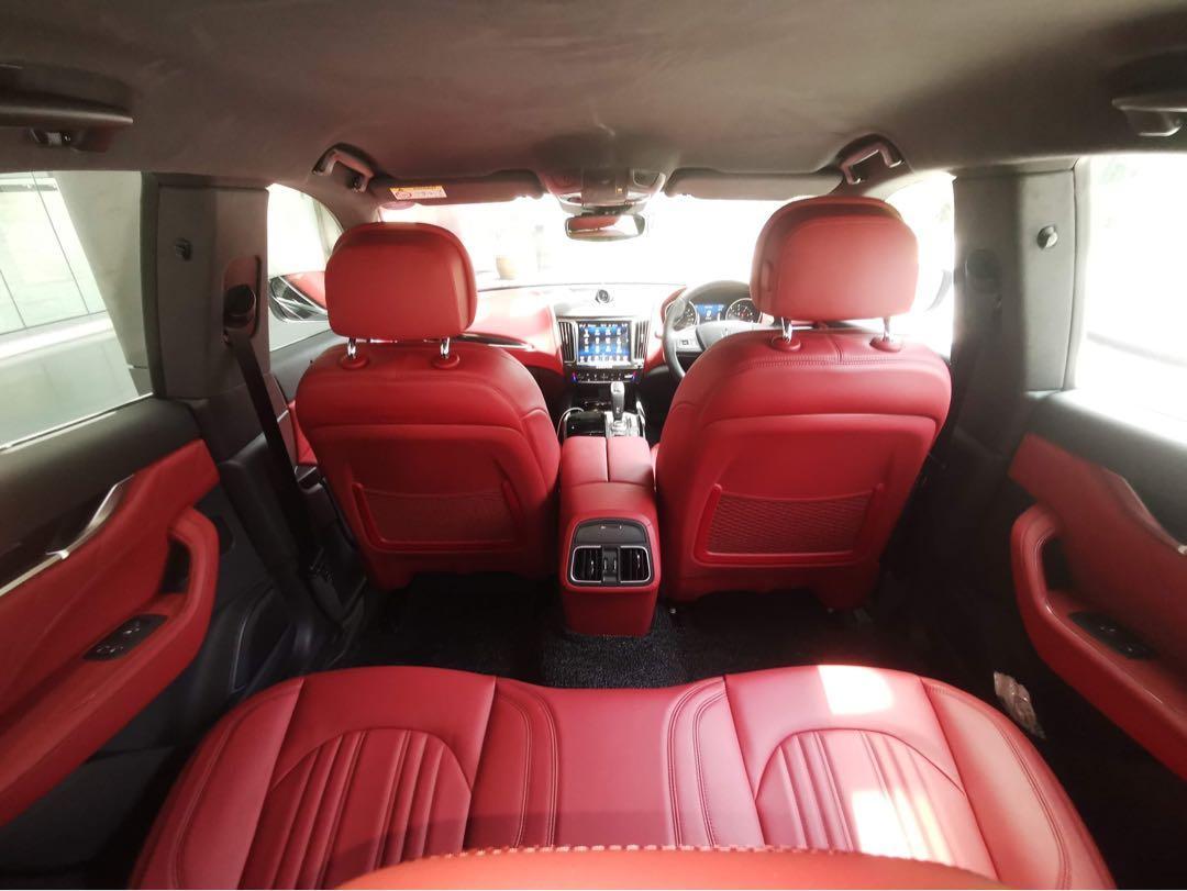 Maserati Levante   Auto