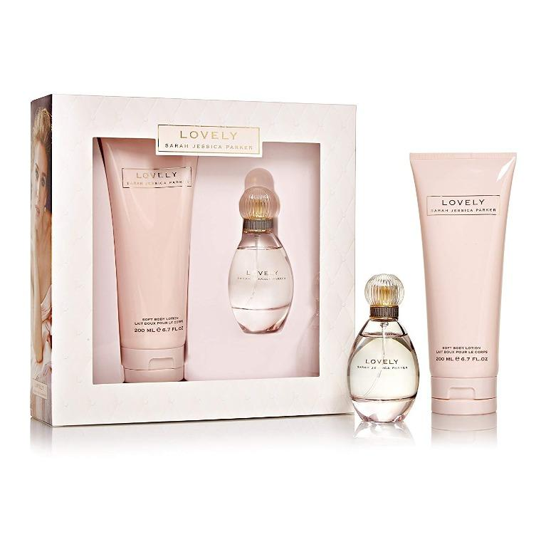 Sarah Jessica Parker Lovely EDP 50 ML + Body Lotion 200 ML (Pre-Order from Europe - Delivery on Jan 2020)