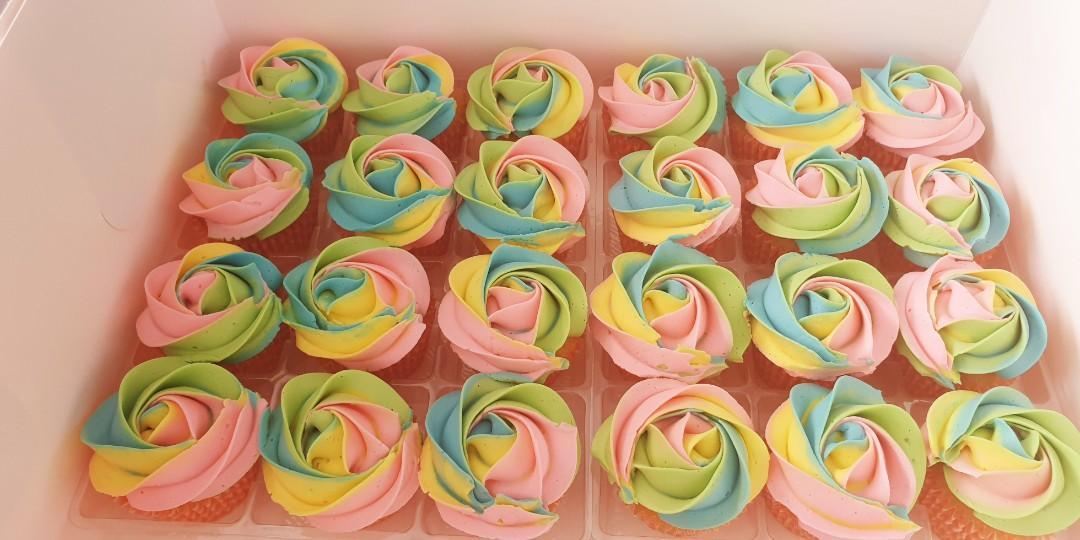 🦄Unicorn cupcakes (HALAL)