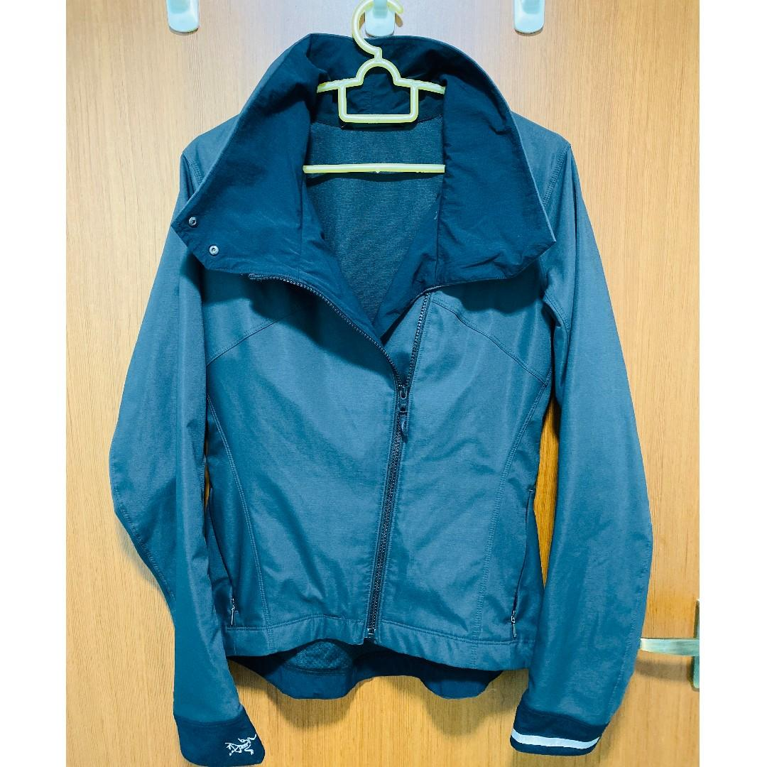 (Used/Preloved) Authentic Arc'teryx / Arcteryx Women's A2B Commuter Jacket Small (Size: S/P) Color: Graphite